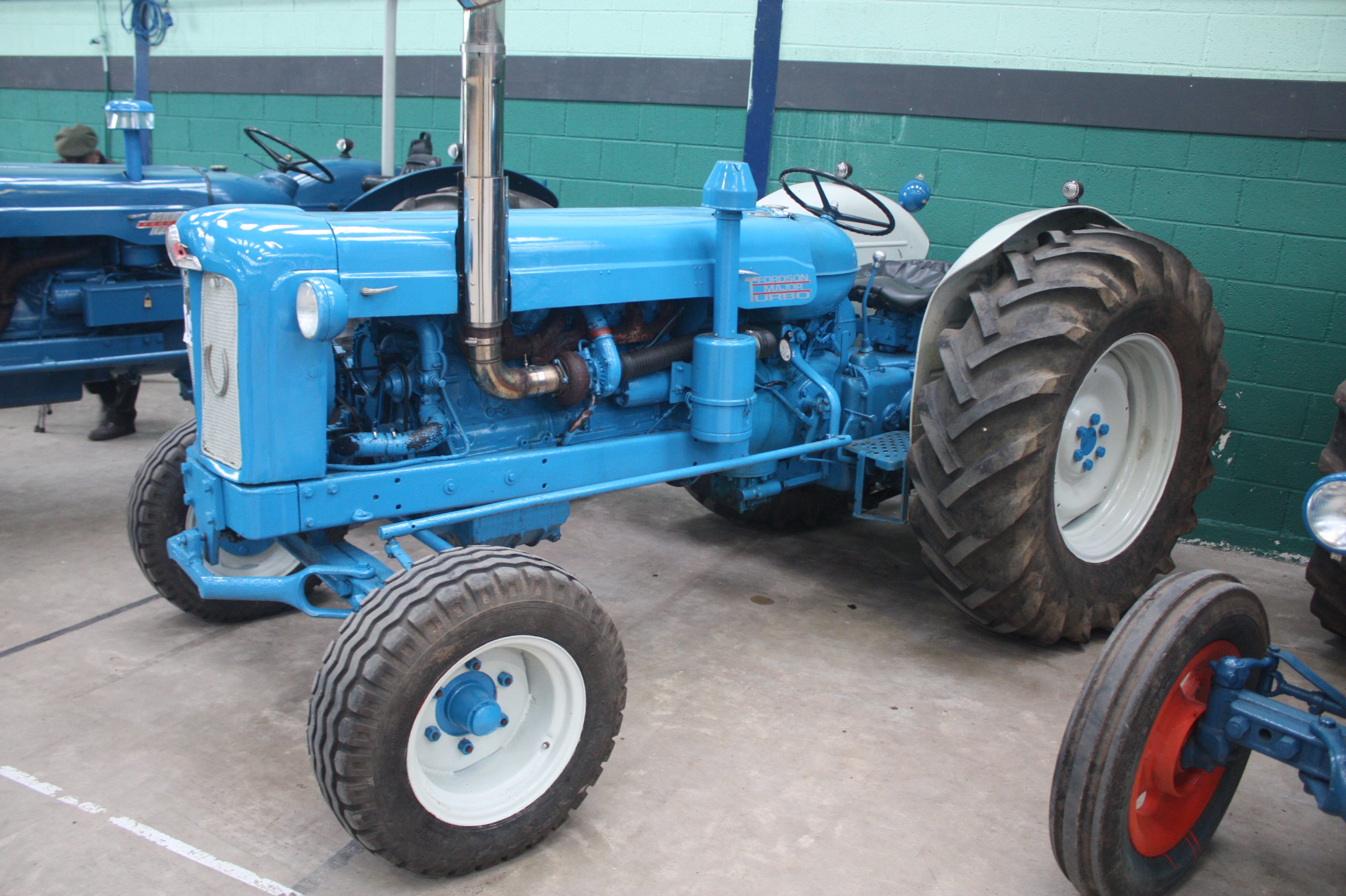 Fordson Dexta Tractor Fenders : Fordson major tractor ebay electronics cars fashion