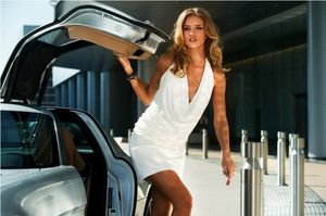 Hilo --- Transformers 3: Dark of the Moon --- 1er Trailer  ---Espectacular--- - Página 2 Dotm-carly-film-car