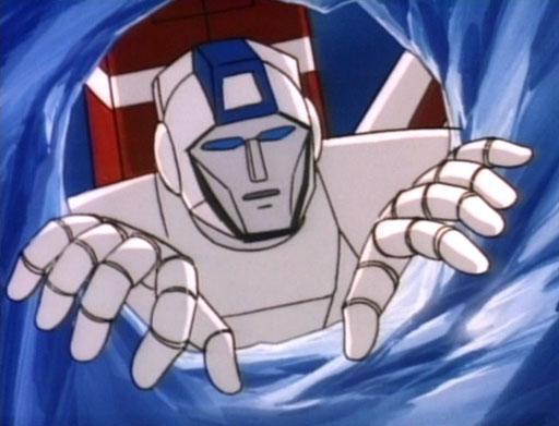 [Mini-Jeu] Qui est ce Transformers sur l'image ? - Page 2 FireintheSky_Skyfire_peers_in