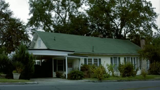 Donovan House.. Donovan_house