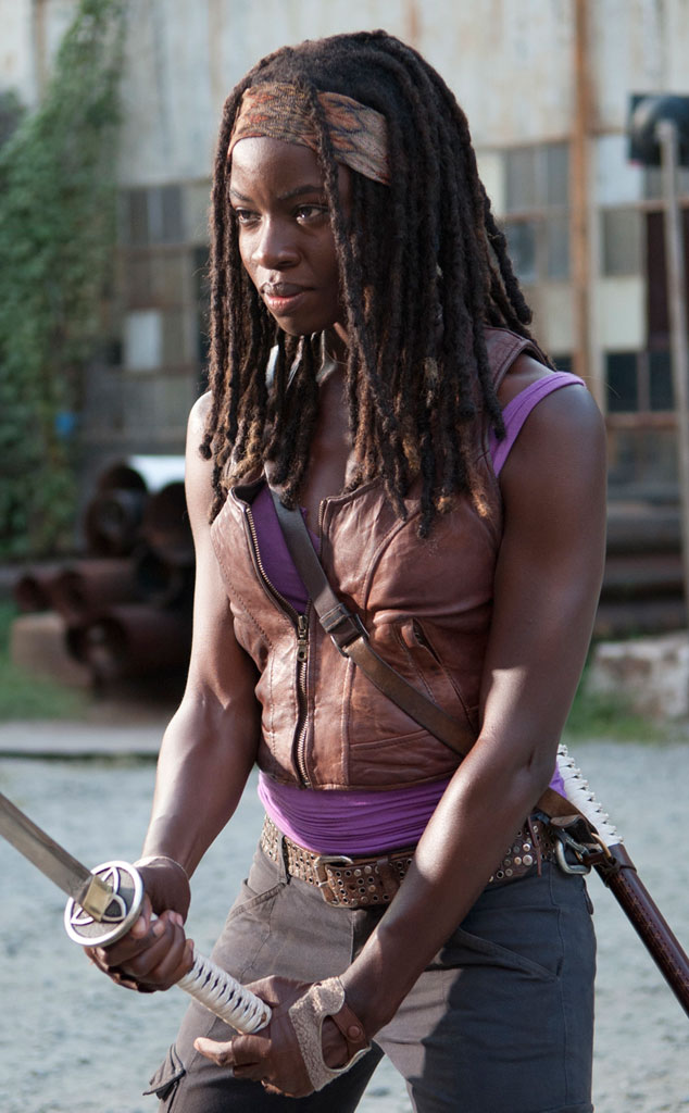 http://images.wikia.com/walkingdead/images/0/0e/Michonne_Say_The_Word_3.jpg