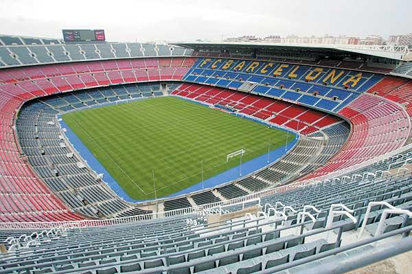 Лучшие футбольные стадионы мира. Camp_Nou_2