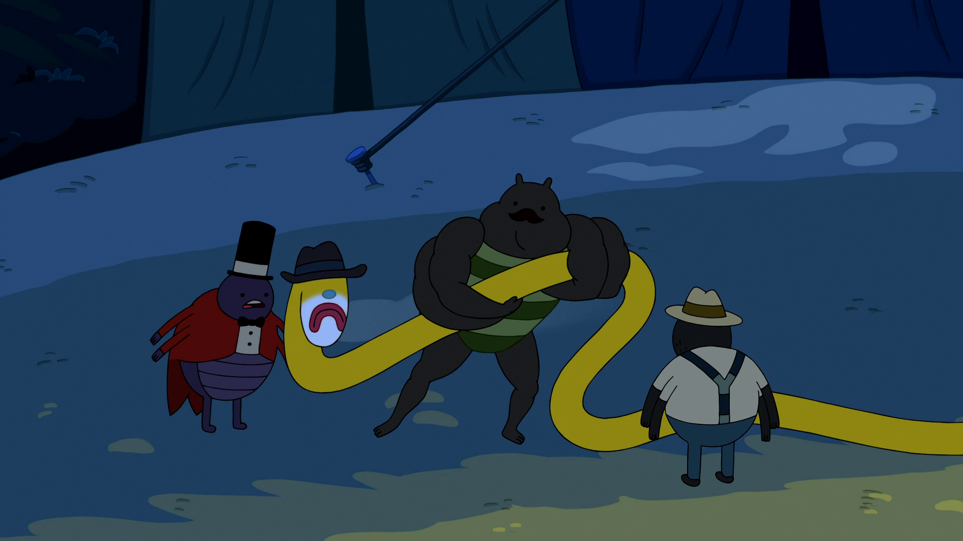 S6e5 Strongman pulling Blue Nose