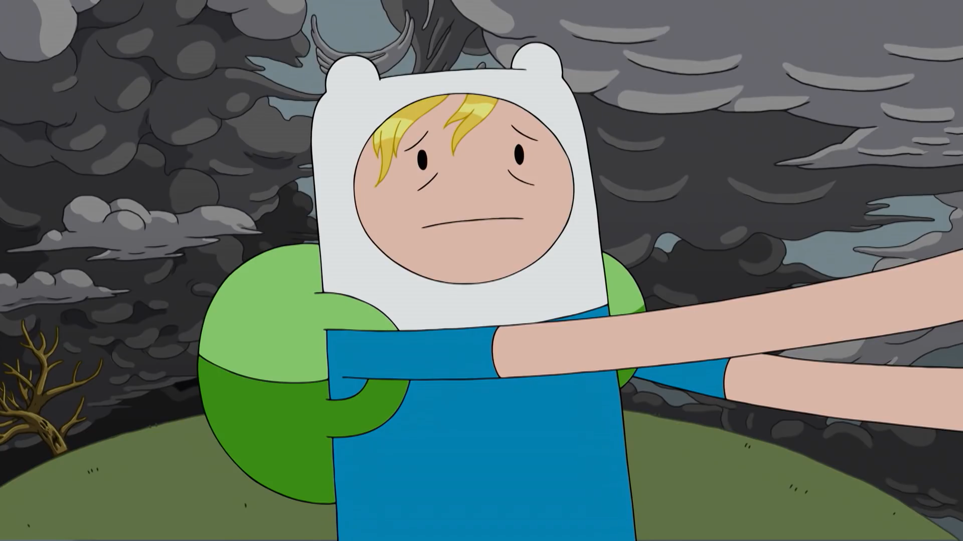 S8E15 Finn hair out of his hat