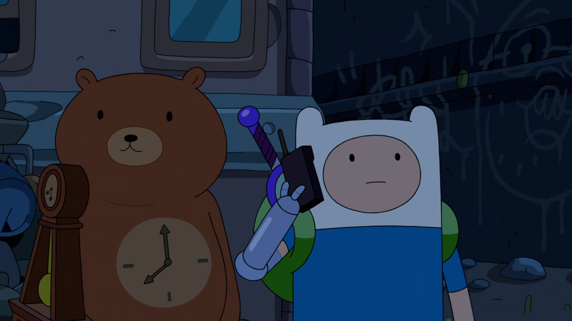S9e10 Clock Bear and Finn